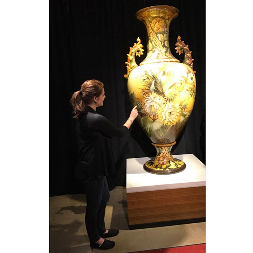 Wiener Museum Vase at WMODA